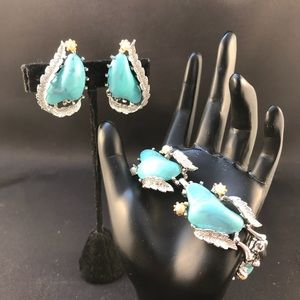 Vintage Coro faux turquoise bracelet and clips